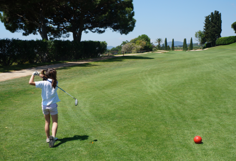 Golf infantil en el Club de Golf Llavaneras